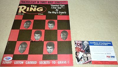 Psa/dna Muhammad Ali Autographed-Signed April 1971 The Ring Magazine D34908