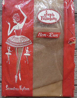 vintage early 1960s stockings Just fabulous size M 15 denier sheer stockings