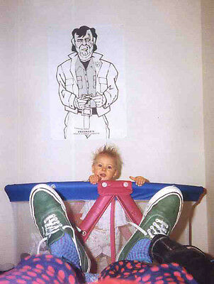 Nirvana Poster Page Kurt Cobain Sneakers & Frances Bean . Nevermind . N23