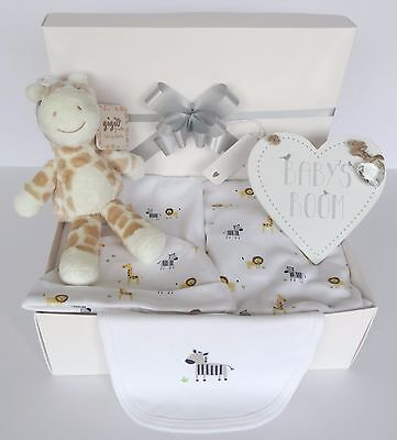Baby Gift Hamper/Box. Unisex. Baby Shower. Nappy Cake. Inc 5 pc layette set.