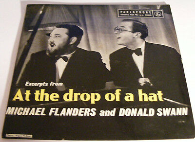 FLANDERS & SWANN At The Drop Of A Hat N/M Parlophone '60s P/S EP