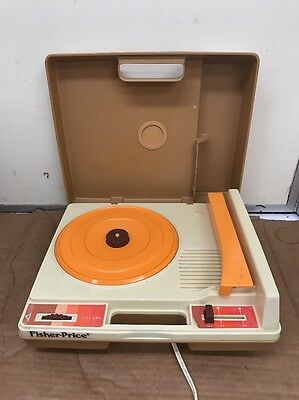 Vintage Fisher Price 1978 Portable Record Player Model 825 Works Great!