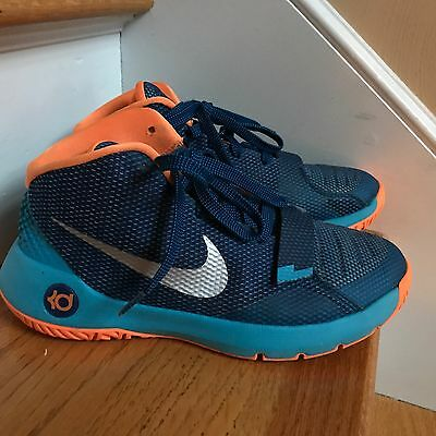 Nike KD Sneakers Trey5111 Size 7Y-40 Excellent Condition