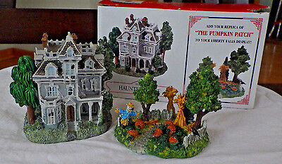"Liberty Fall~Haunted House~Pumpkin Patch"" Ah227~West Christmas Snow Village Fig"