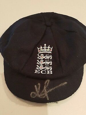 Personally Signed Kevin Pietersen England  Cricket Baggy Cap