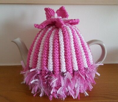 hand knitted tea cosy to a vintage pattern