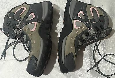 Trail Ladies Hiker/Hiking Boots Size UK8 Multicoloured Double Clasp Detail