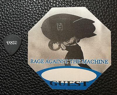 Rage Against The Machine - Tom Morello Real Tour Guitar Pick & Backstage Pass