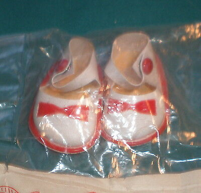Puppenschuhe weiss f. Celludpuppen Gr. 29 cm/ doll shoes white f. cell. dolls 29