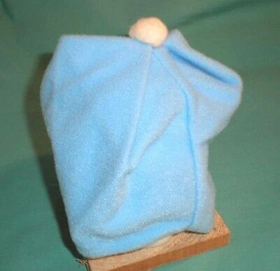 Puppenmütze hellblau mit weissem Bommel/doll bobble cap light blue/white