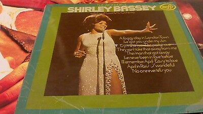 Shirley Bassey With Geoff Love & His Orchestra Format: Vinyl, LP, Vinilo