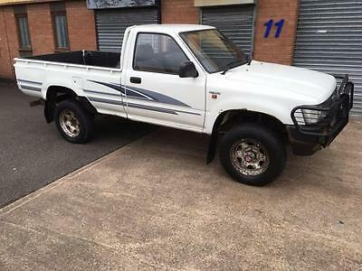 1993 K Toyota Hi-Lux 2.2 4Wd Petrol,1 Owner From New,56,000 Miles,very Rare Find
