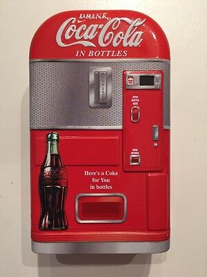 "Coca-Cola ""Vending Machine"" Storage Tin  Very RARE Container Coke Fast shipping"