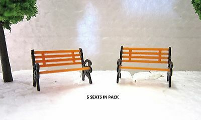 HO SCALE SCENERY; 1:87 PARK BENCH; GARDEN BENCH SEAT x 5 in pack New in box