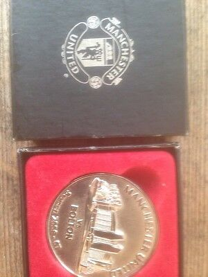 MANCHESTER UNITED V BOLTON WANDERERS BOXED MEDAL 2006-07 Season Exc