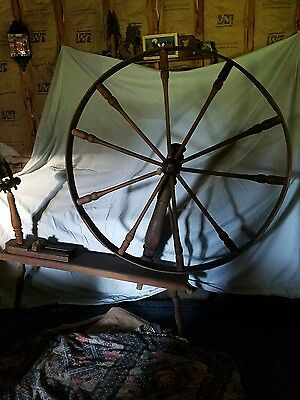 Flax Wheel  excellent condition, solid oak