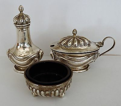 Antique silver condiment set hallmark Birmingham 1907.