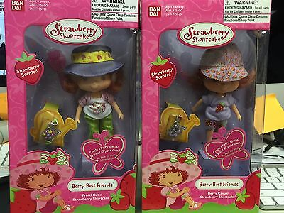 STRAWBERRY SHORTCAKE BanDAi EDITION BERRY BEST FRIENDS DUO NRFB W/ CHARMS