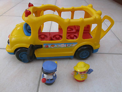 Fisher Price Little People Lil Movers School Bus Yellow Bus + 2 Figures