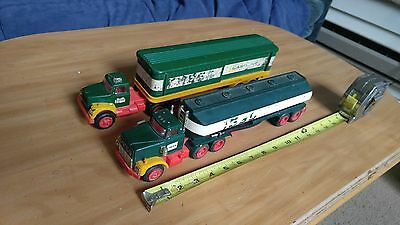 Nice Pair Of Vintage 1976 & 1977 Hess Fuel Oils Toy Truck *Parts / Repair* USA