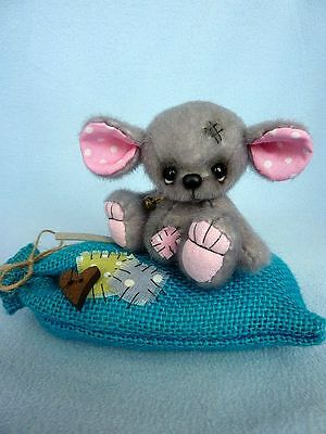 """Misty"" with sack- 7.5 cm artist teddy bear-mouse (Happyteddy by Aleksandra J.)"