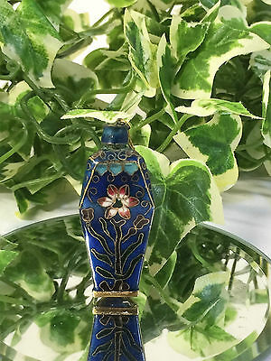 Beautiful Chinese Export Cloisonne Enamel Snuff, Perfume, Powder Bottle. C 1910