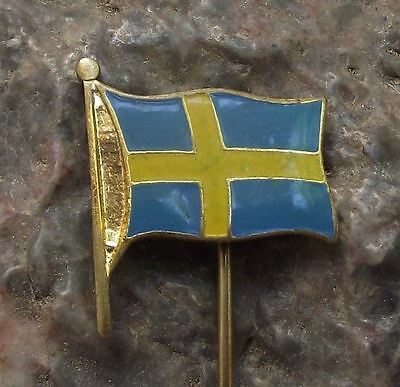 Swedish National Day Flag of Sweden Yellow Scandinavian Nordic Cross Pin Badge