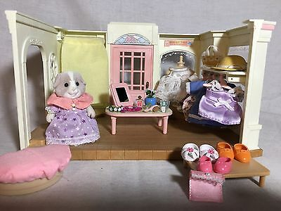 Calico Critters/sylvanian Families Dress Shop With Accessories