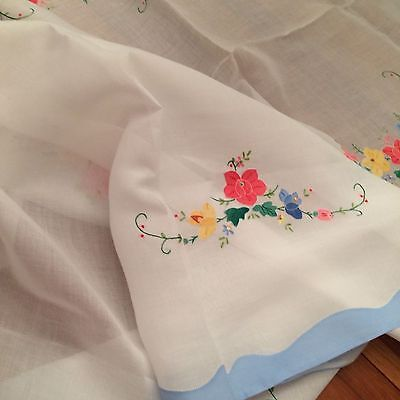 Vtg tablecloth white organdy floral appliqué embroidery light blue103X66 banquet