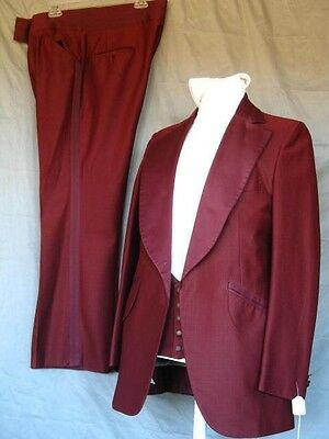 Vintage 1970's Burgundy 3 Piece Bell Bottoms Tuxedo 40L Prom Wedding