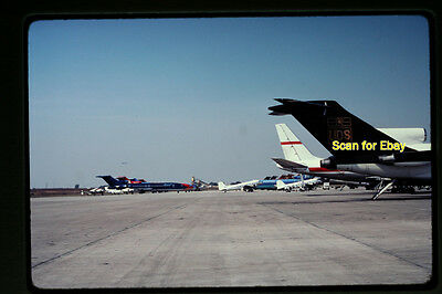 Original Slide, 1982 Braniff Boeing 727 and other Aircraft