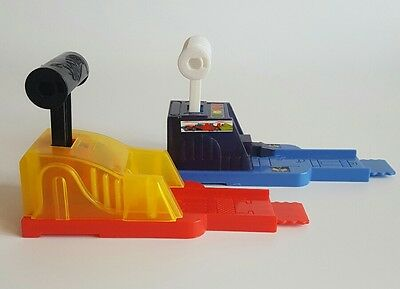 Mattel Hot Wheels Twin Car Launchers - Blue and red