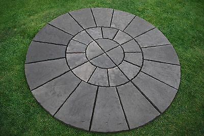 paving moulds 1/4 Of A 6ft York stone Circle. Concrete