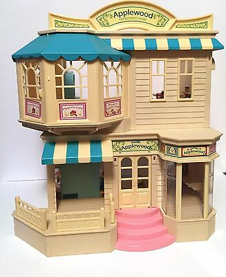 Calico Critters Sylvanian families Applewood Department store and accessories