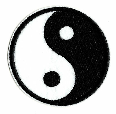 BLACK WHITE YING AND YANG IRON ON / SEW ON PATCH Embroidered Badge PEACE PT28