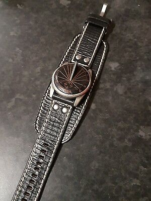 fossil sundial watch, vintage style