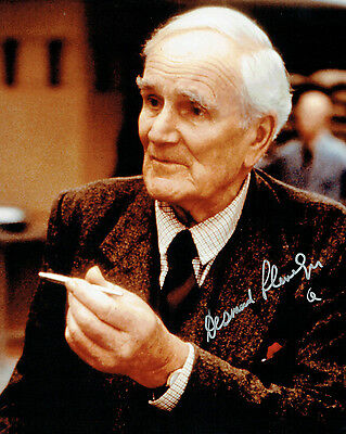 Desmond LLEWELLYN Signed Autograph Q James Bond 10x8 Photo AFTAL COA