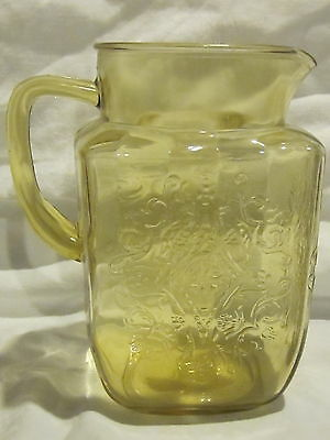 Federal Glass Madrid Pitcher & 7 Juice Tumblers