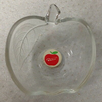 Soga Glass Open Apple Shaped Pin Or Peppermint Dish, Still Has Original Sticker