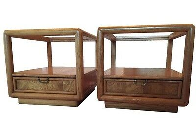 BROYHILL Furniture Set Of 2 Nightstands End Side Tables Style: Midcentury Modern