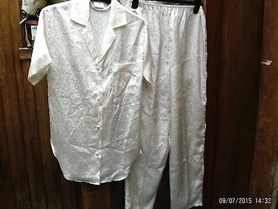 Ladies Vintage Pyjamas If You Love The 80S You Will Love These..never Worn. .