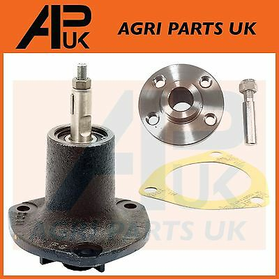 Massey Ferguson FE35 TE20 TEA20 TED20 TEF20 Tractor Water Pump with Hub & Gasket