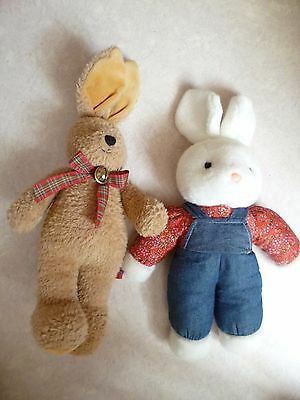 lot 2 peluches lapin Die Spiegelburg Felix collection doudou