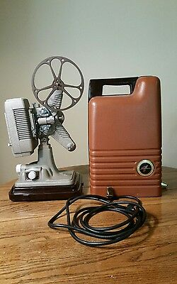 Revere Model P-90 8MM Projector, Works
