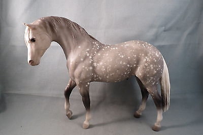 Breyer Vintage Foundation Stallion, Aztec, Dapple grey, W/ Sheath, #85