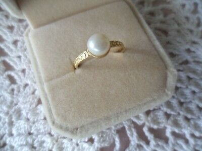Antique Art Deco Vintage Gold Ring with Genuine Pearl ring size 7 or O