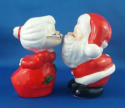 Vintage Santa Claus & Mrs Claus Salt & Pepper Shakers Approx From 50'-60'