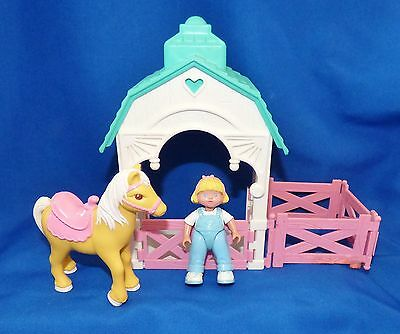 Fp Fisher Price Loving Family Dream Dollhouse Stable, Girl Doll, Horse, Fencing