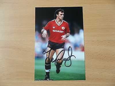 Terry Gibson, Ex Man Utd Footballer, Signed 6 X 4 Photo