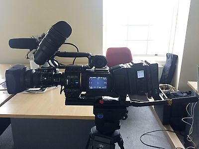 JVC GY-HD 201E  HD Camcorder, Very Good Condition